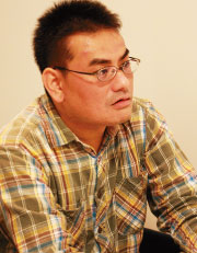 事業本部 第3事業セグメント  満田賢一郎。 ソフトウェア技術者として大和田と連携し、「ROBUSKEY」のハードウェア化プロジェクトを推進した。