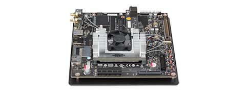 Jetson TX1開発キット (http://www.nvidia.com/object/jetson-tk1-embedded-dev-kit.htmlより)